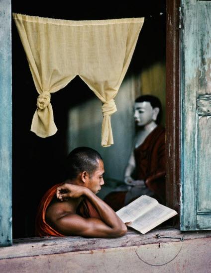 برمه,کتاب,کتابخوانی