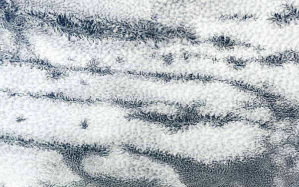 ابرهایی به شکل پرتو , ابرهای Actinoform