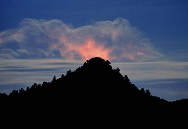 صاعقه در ابر
