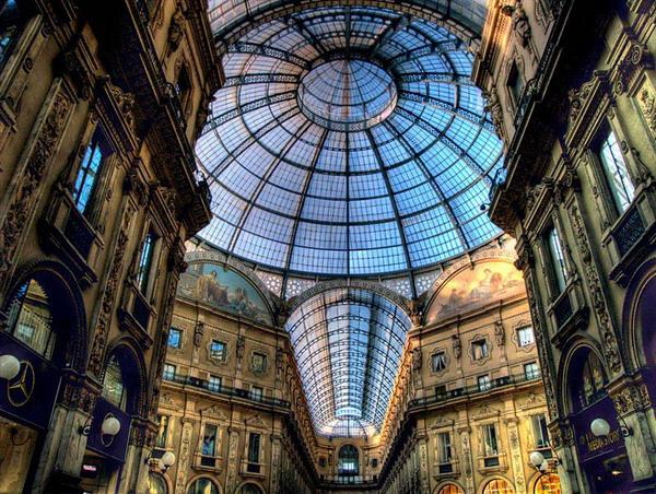 خیابان مسقف, میلان