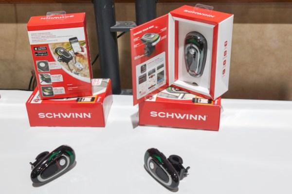 schwinn-cyclenav-3_610x407