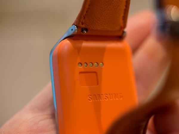 samsung-gear-2-mwc-2014-5_620x465