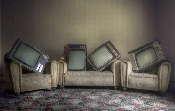 2014-10-01 13_00_44-komnata-televizory-interer