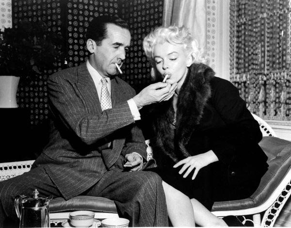 Monroe-Smoking