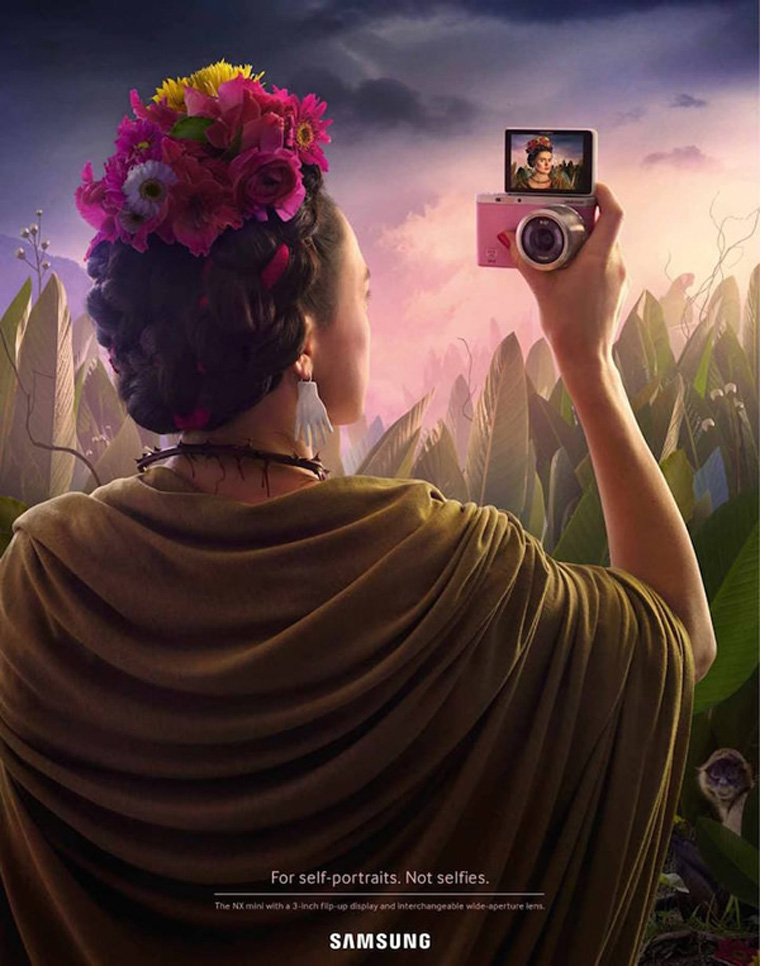 artist-selfie-frida-kahlo