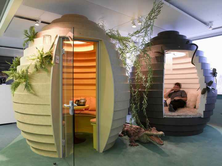 need-a-quiet-place-to-work-googles-zurich-office-also-has-these-unique-egg-shaped-pods