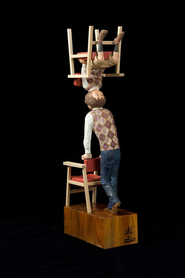 surreal-wooden-sculpture-art-yoshitoshi-kanemaki-15