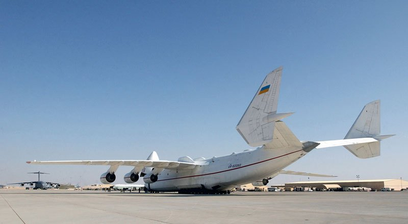 the-largest-airplane-ever-built-antonov-an-225-mriya-5