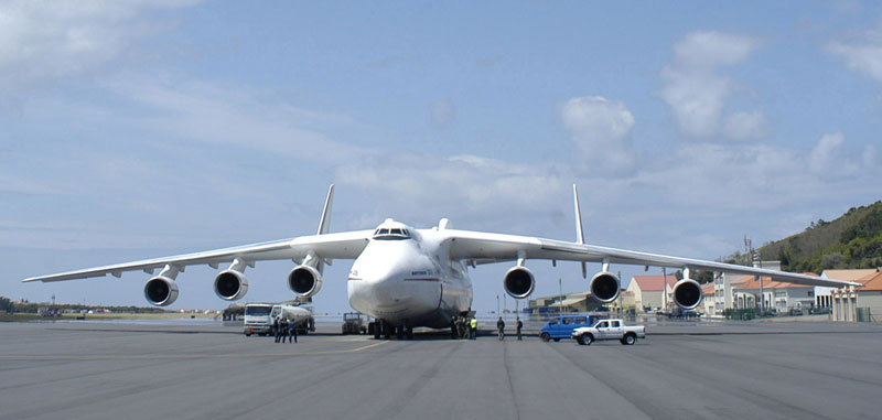 the-largest-airplane-ever-built-antonov-an-225-mriya-6