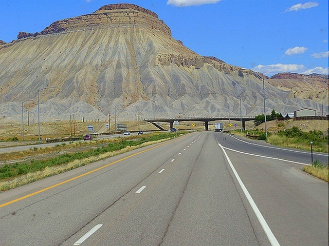 20_interstate_70_utah_usa