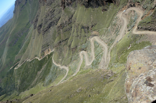 28_sani_pass_south_africa