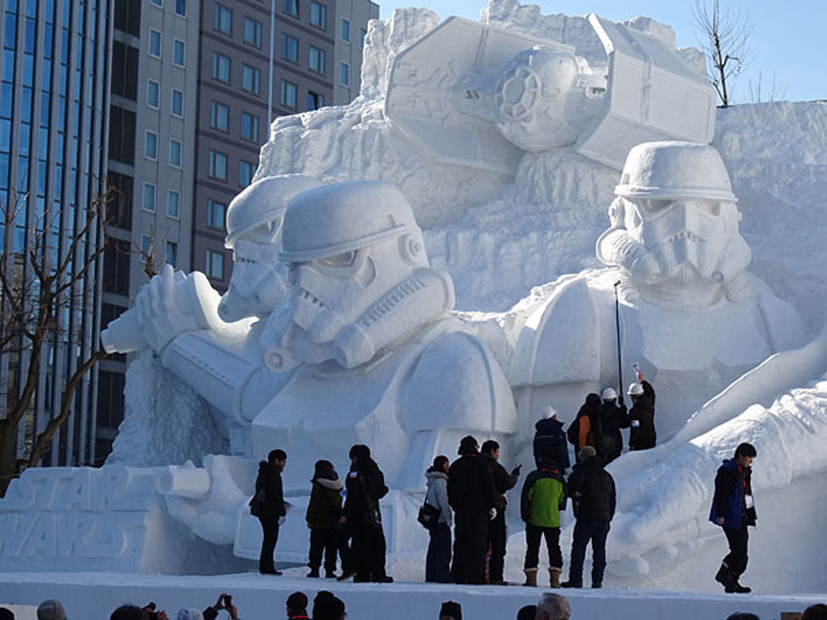 giant-star-wars-snow-sculpture-sapporo-festival-japan-9