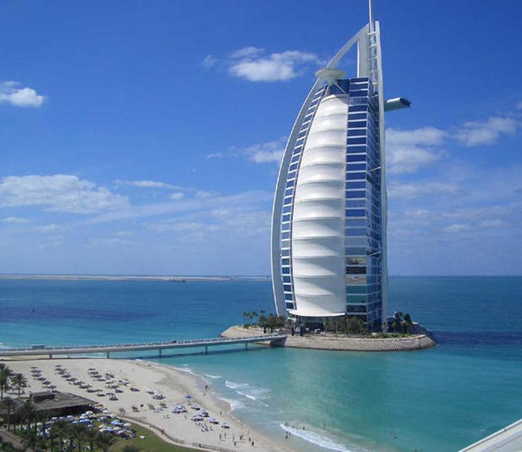 Burj-Al-Arab-.