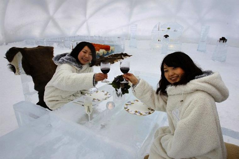 ice-hotel-japan