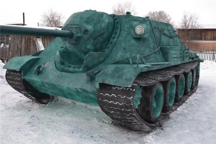 snow-tank-550x366