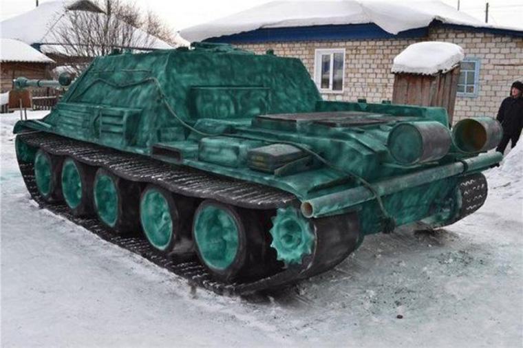 snow-tank2-550x366