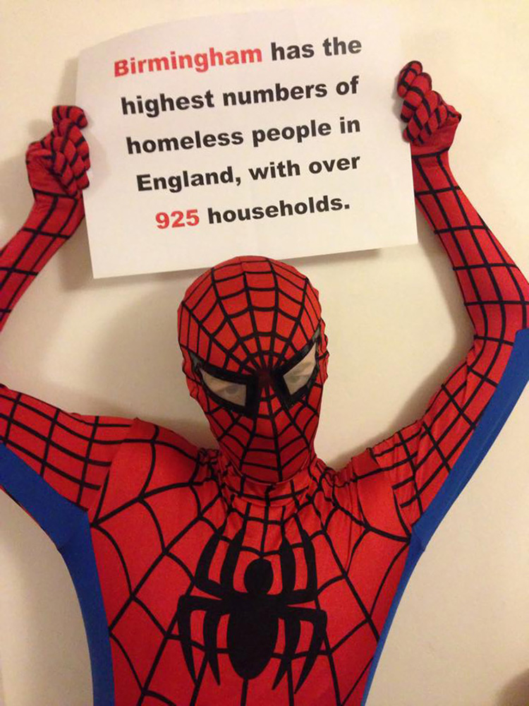 spider-man-helps-feeds-homeless-birmingham-uk-2