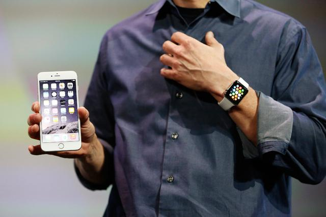 640_iphone-iwatch-web