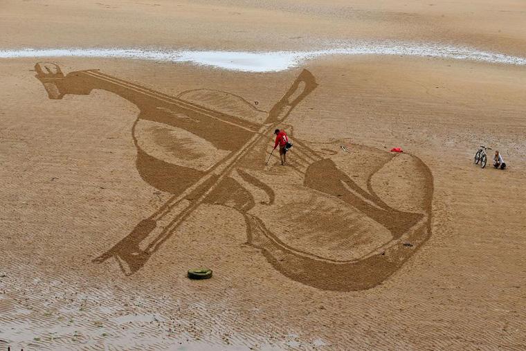 Sand Art in Elie
