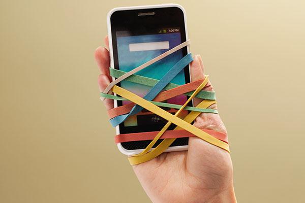 o-TECHNOLOGY-ADDICTION-facebook