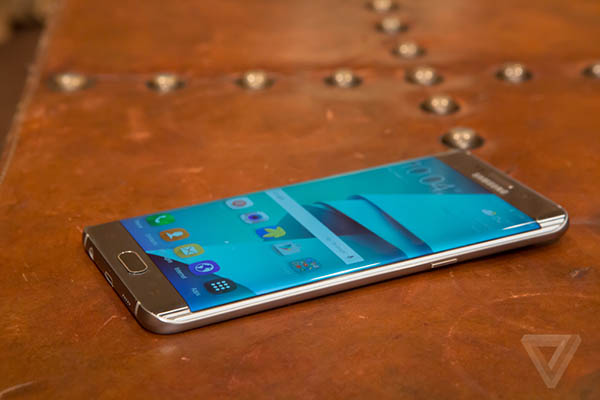samsung-galaxy-s6-edge_-9480.0 - 1p