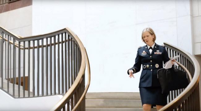 no-men-politics-video-elle-uk-alex-holder-alyssa-boni-14