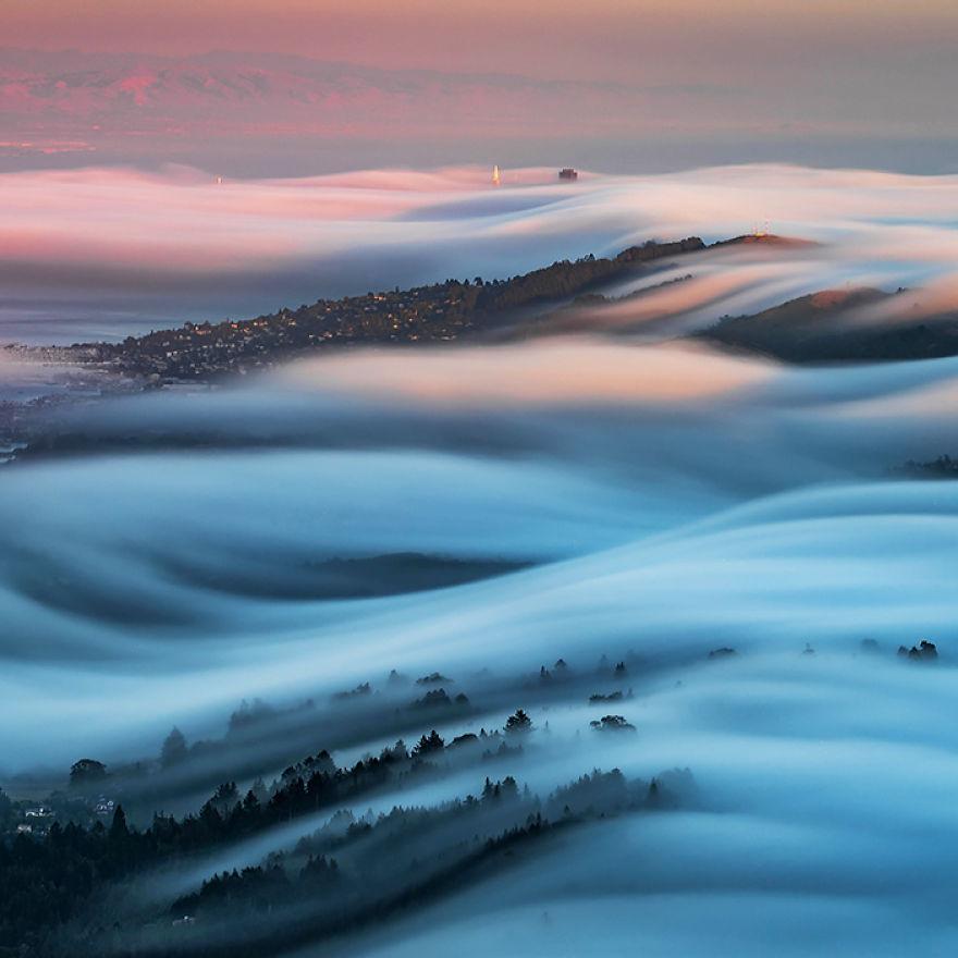 fog-waves-583facc887432__880