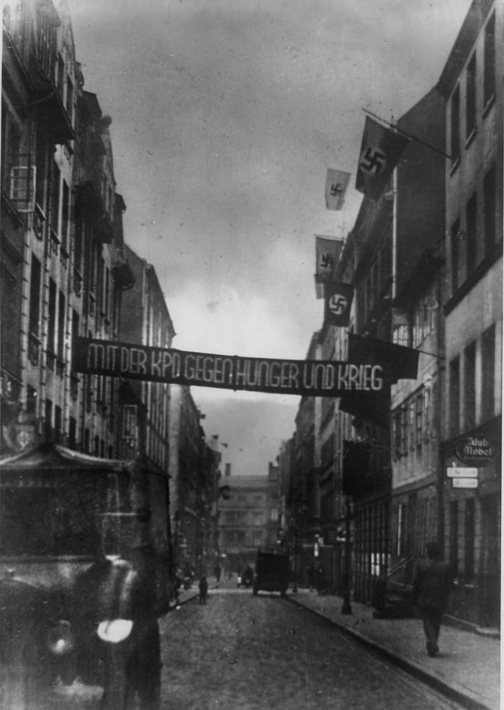 hamburg-1933-election-campaign-728x1024